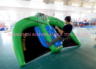 China 2 Personen-Fliegen-Mantarochen Towable Inflatables für Wasser-Park Soem usine