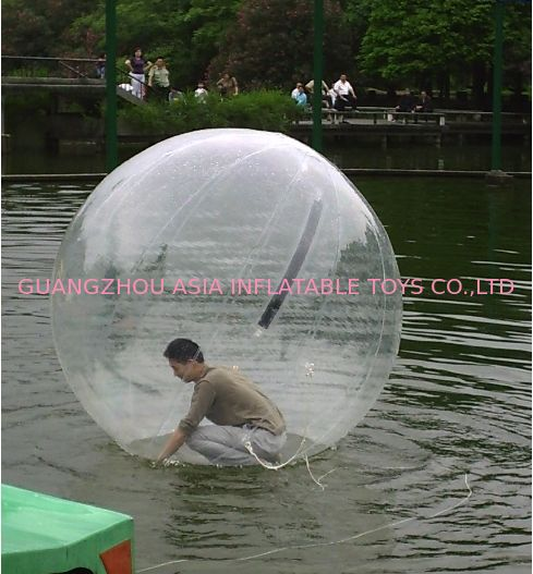 5ft transparenter Aqua-Wasser-Ball gespielt auf Kind-Inflatables-Pool fournisseur